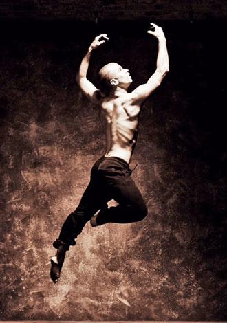 Institute of Dance Artistry (IDA) teacher Steven Vaughn.